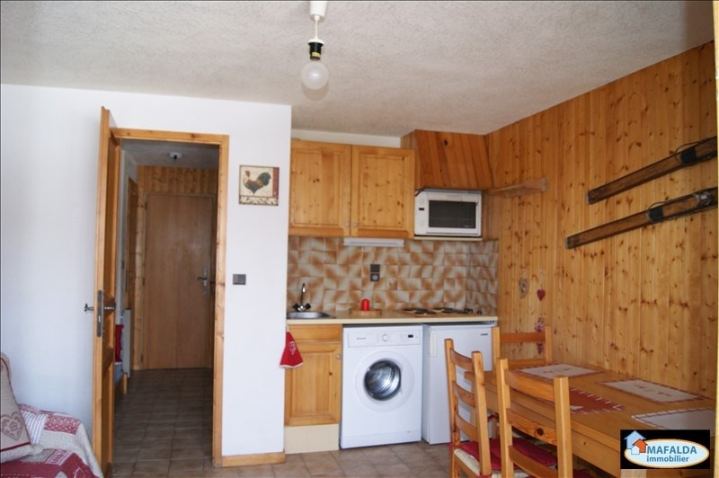 Rental apartment Mont saxonnex 333€ CC - Picture 1
