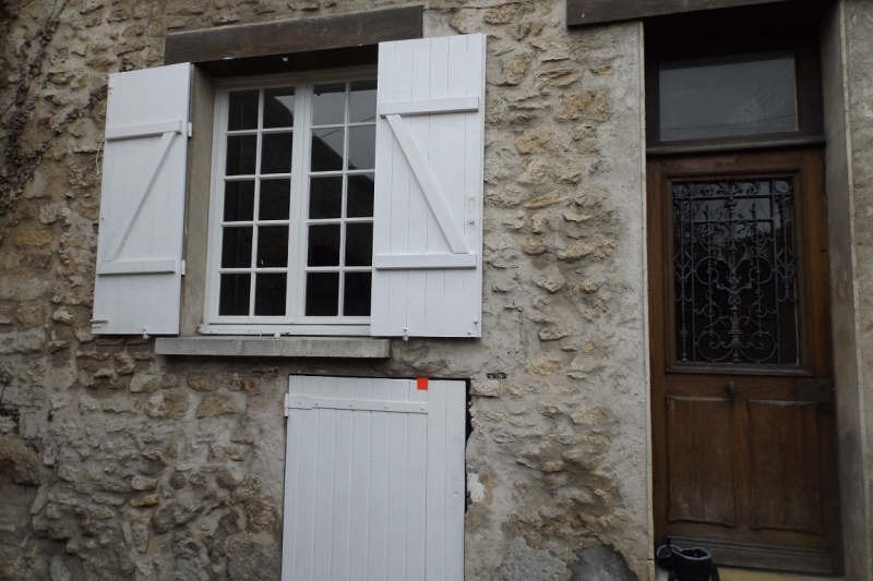Rental apartment Senlis 544€ CC - Picture 1
