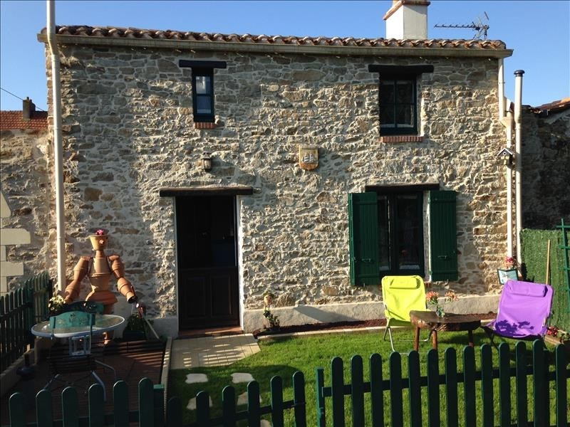 Rental house / villa St viaud 557€ CC - Picture 1