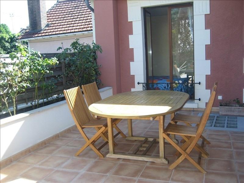Sale house / villa Rueil malmaison 770000€ - Picture 2
