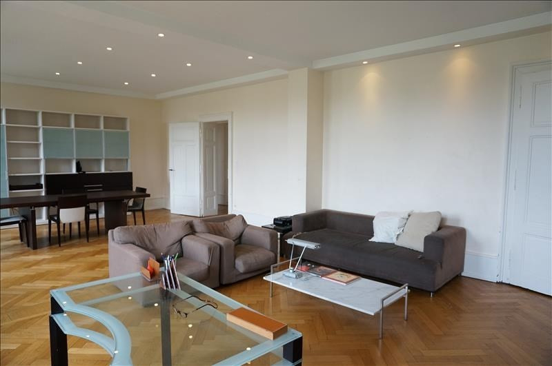 Deluxe sale apartment Strasbourg 719 250€ - Picture 2