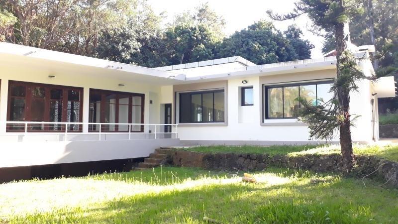 Location maison / villa Le tampon 2500€ CC - Photo 2