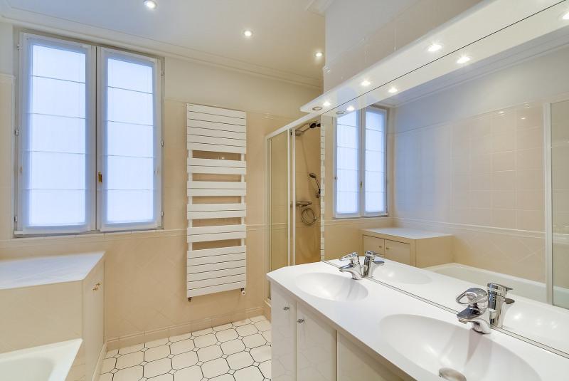 Alquiler  apartamento Paris 17ème 4240€ CC - Fotografía 9