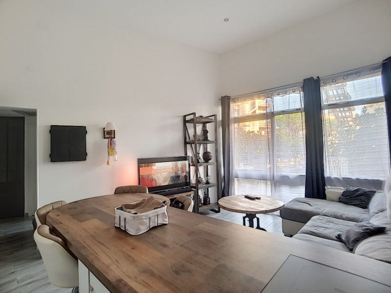 Vente appartement Saint laurent du var 255 000€ - Photo 1
