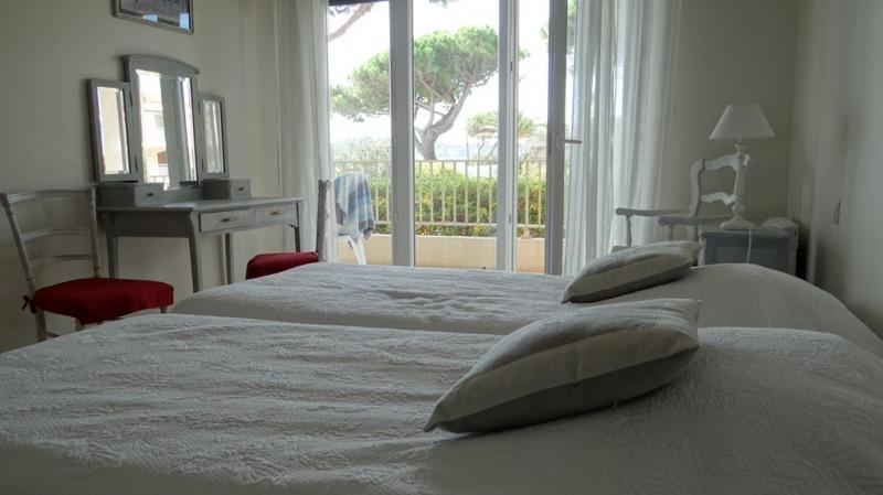Location vacances appartement Cavalaire sur mer 1400€ - Photo 8