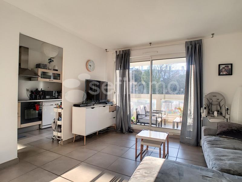 Rental apartment Marseille 10ème 880€ CC - Picture 1