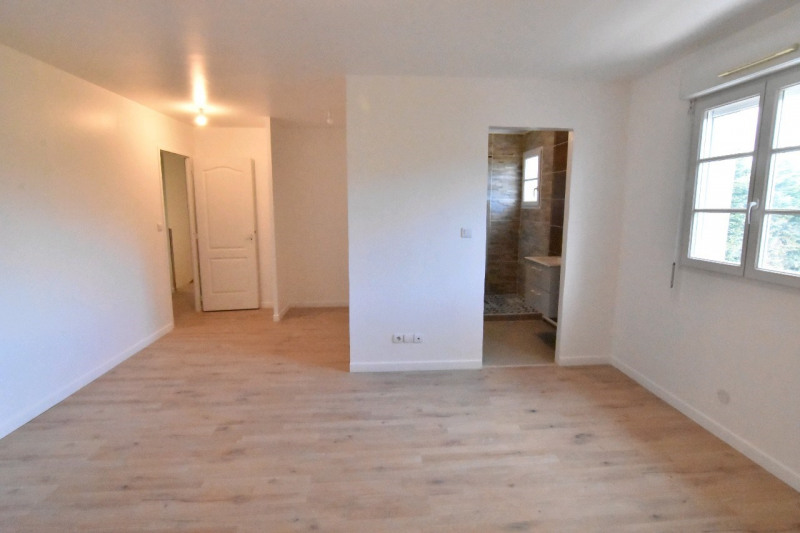 Sale house / villa Persan 439000€ - Picture 3
