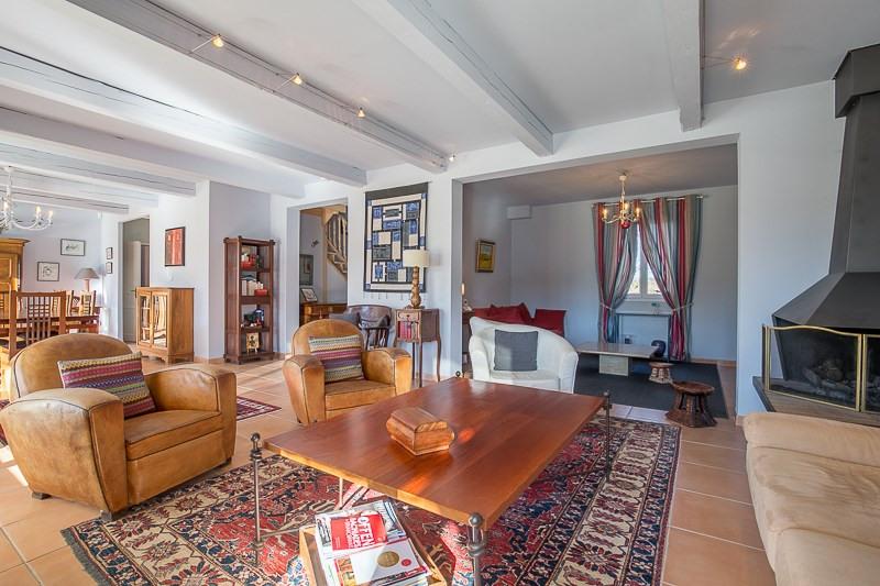 Deluxe sale house / villa Le puy ste reparade 828000€ - Picture 7