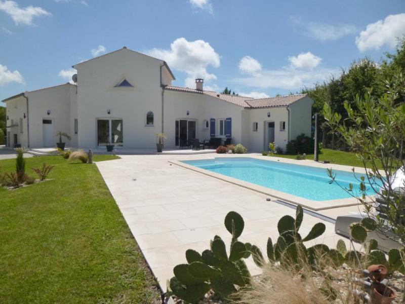 Deluxe sale house / villa Etaules 630000€ - Picture 2