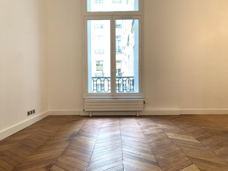 Rental apartment Paris 16ème 6 995€ CC - Picture 10