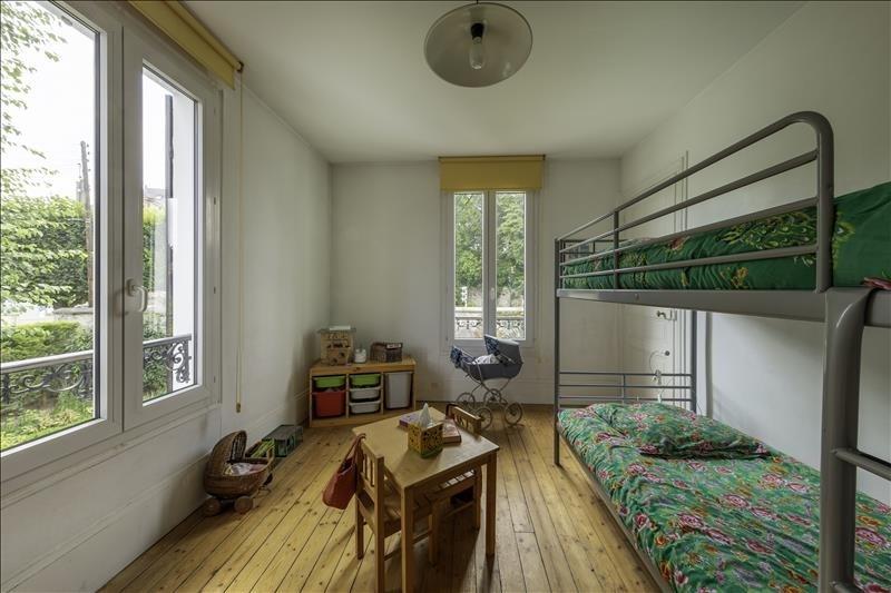 Sale house / villa Villeneuve le roi 380000€ - Picture 10