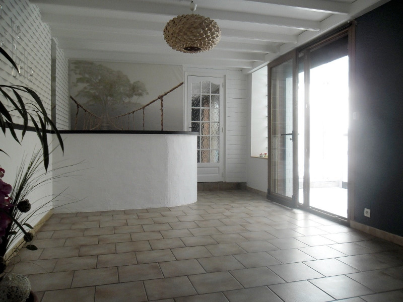 Sale house / villa Pont a vendin 149900€ - Picture 2