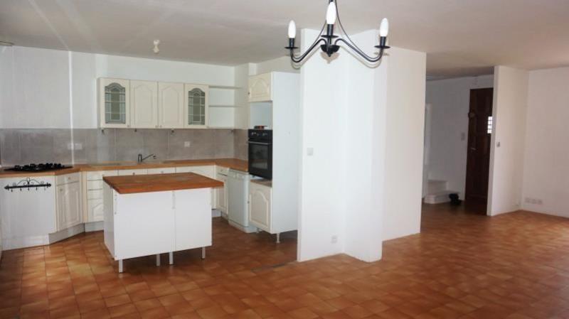 Sale house / villa Breval 250000€ - Picture 4