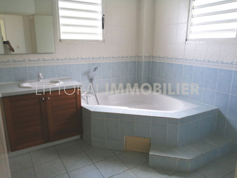 Alquiler  casa Saint gilles les bains 2377€ CC - Fotografía 6
