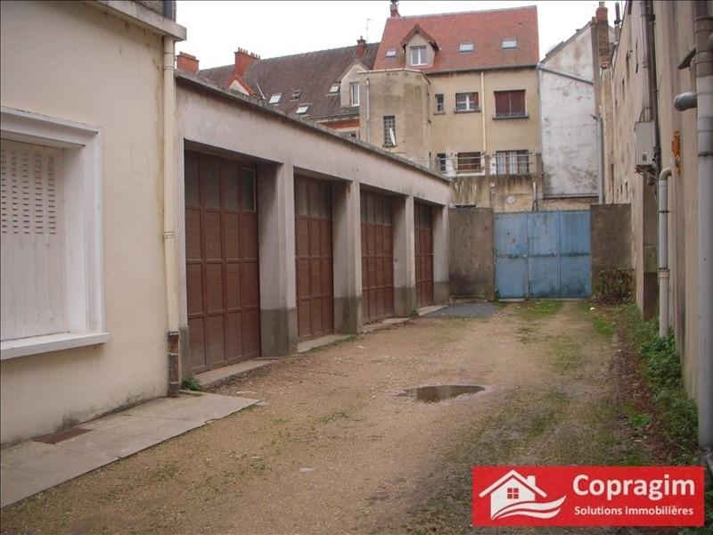 Rental parking spaces Montereau fault yonne 97€ CC - Picture 2