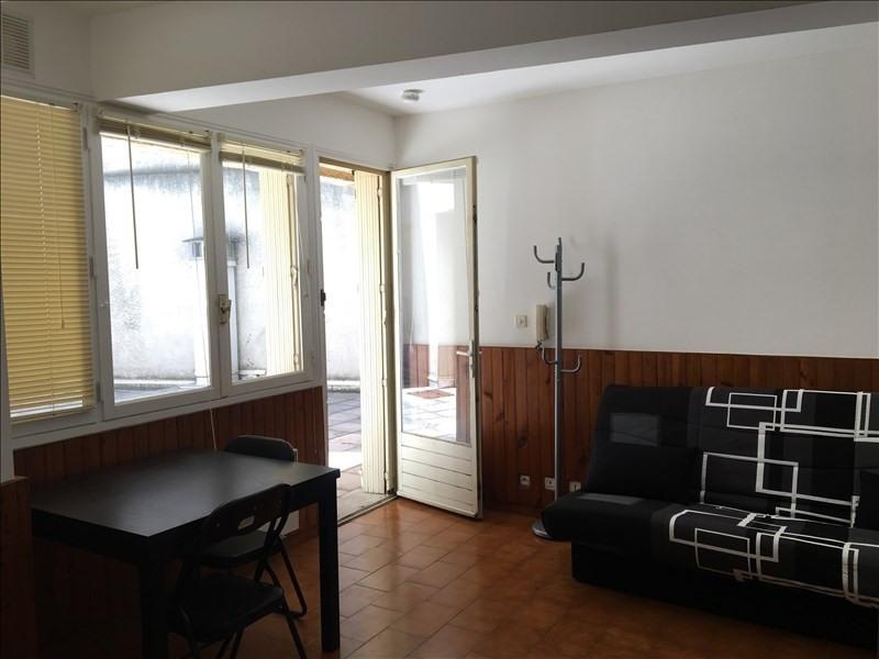 Rental apartment Aix en provence 459€ CC - Picture 2
