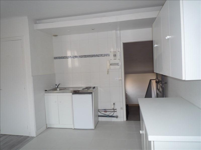 Location appartement Le pecq 760€ CC - Photo 2