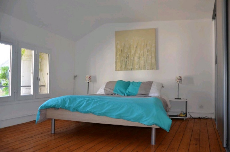 Sale house / villa Machault 405000€ - Picture 10
