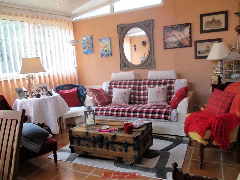 Sale apartment Bormes les mimosas 340 000€ - Picture 1