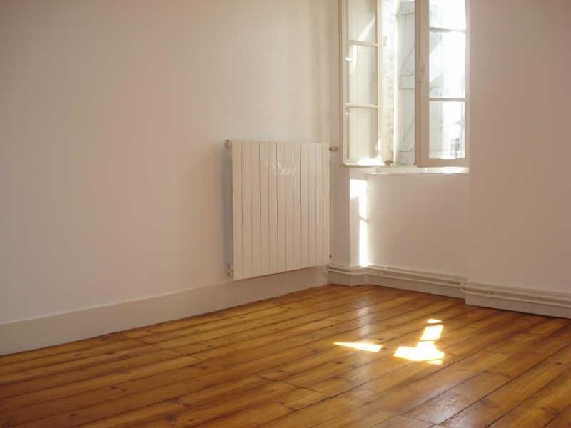 Rental house / villa Bourg st bernard 860€ CC - Picture 2