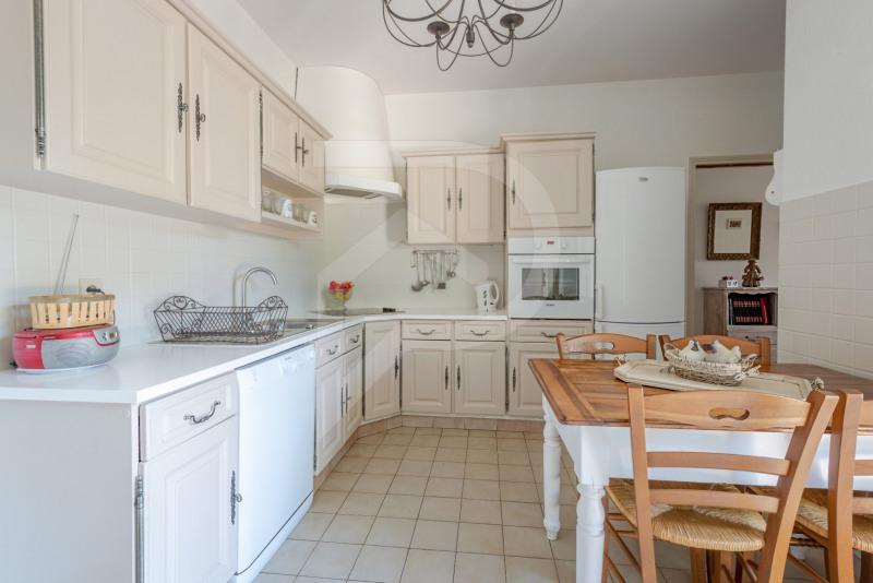 Deluxe sale house / villa Entraigues sur la sorgue 745000€ - Picture 4