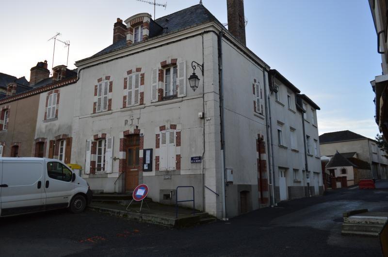 Sale house / villa Nuille sur vicoin 64500€ - Picture 1
