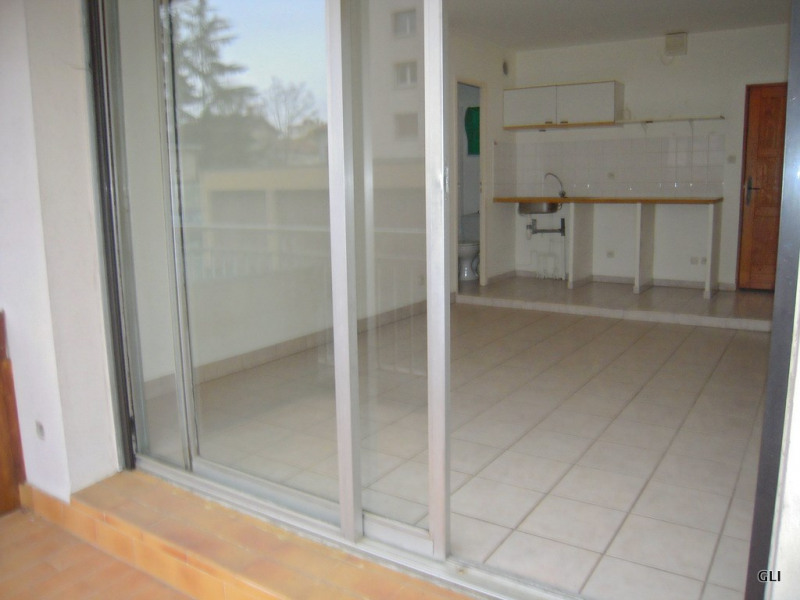 Rental apartment Tassin la demi lune 417€ CC - Picture 2