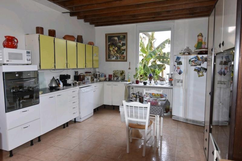 Sale house / villa Neuilly en thelle 499900€ - Picture 2
