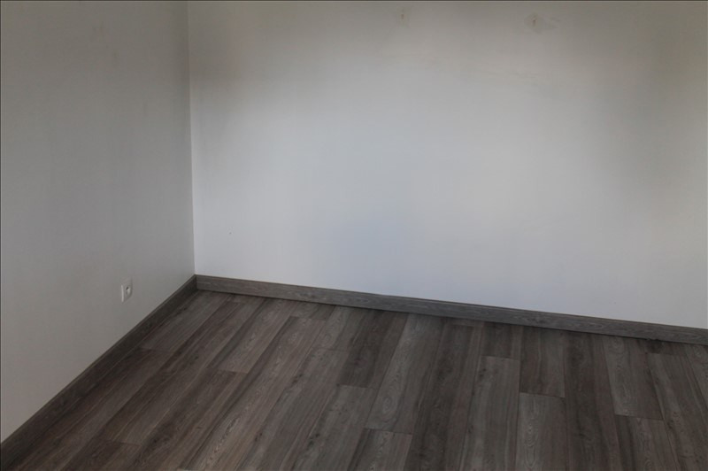 Location maison / villa Fressain 850€ CC - Photo 4