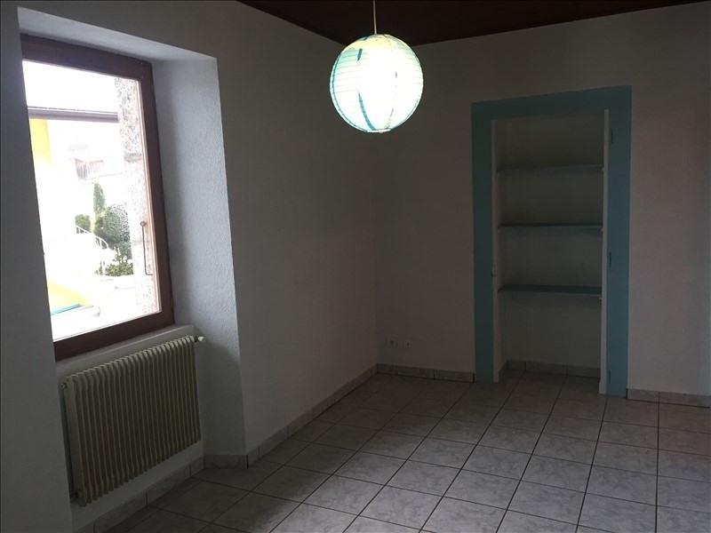 Location maison / villa La roche-sur-foron 1340€ CC - Photo 4