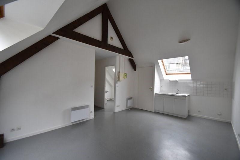 Verhuren  appartement St lo 405€ CC - Foto 1