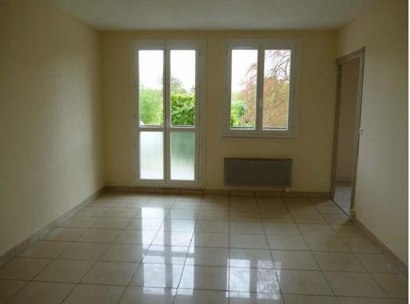 Rental apartment Parmain 795€ CC - Picture 2