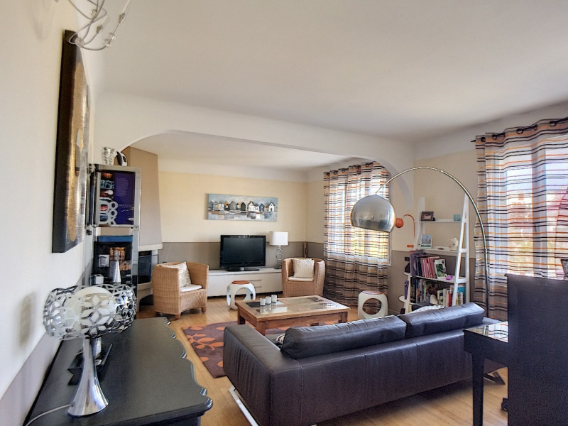 Sale house / villa Melun 335000€ - Picture 3
