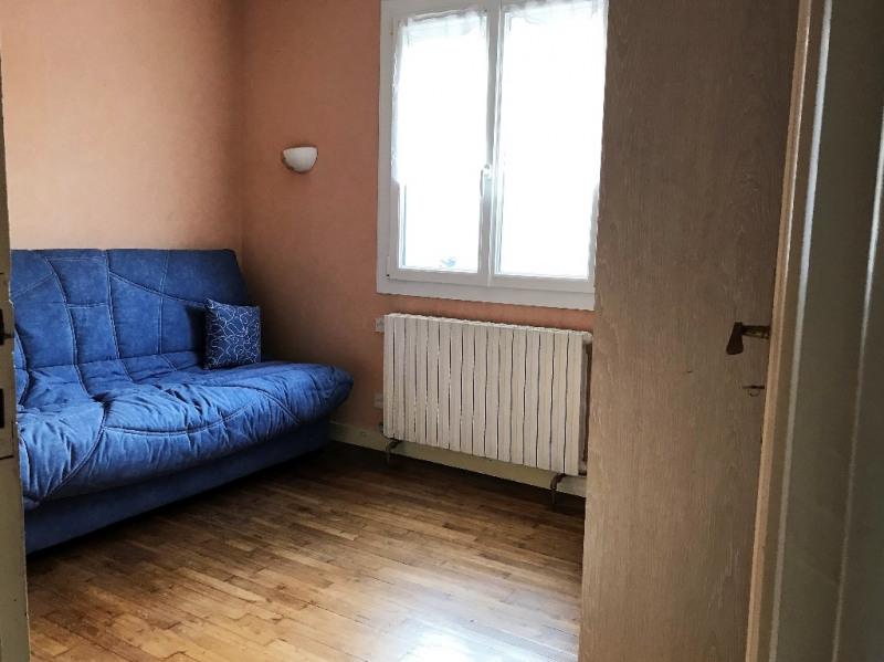 Sale house / villa Laval 140400€ - Picture 6