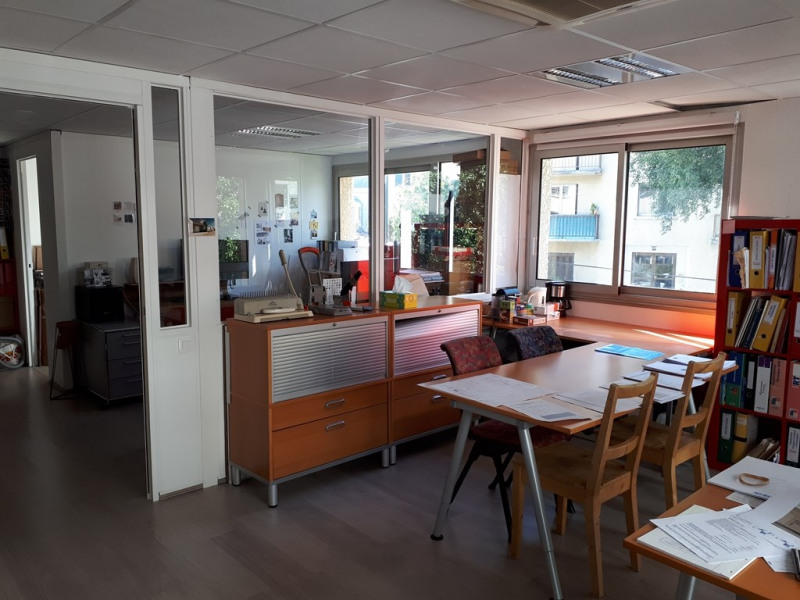 Rental office Annecy 766€ CC - Picture 2