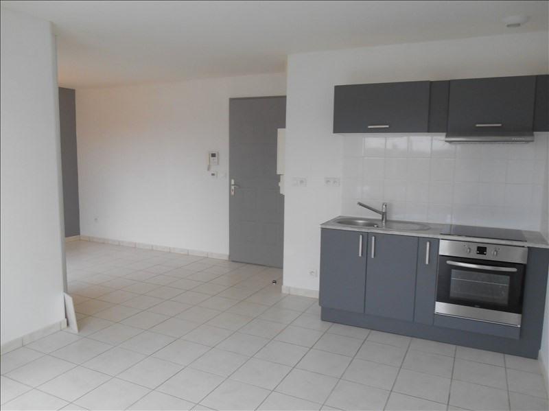 Location appartement St julien les villas 520€ CC - Photo 2