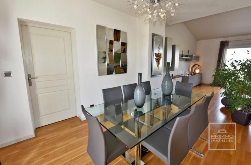 Deluxe sale apartment Charbonnieres les bains 925000€ - Picture 7
