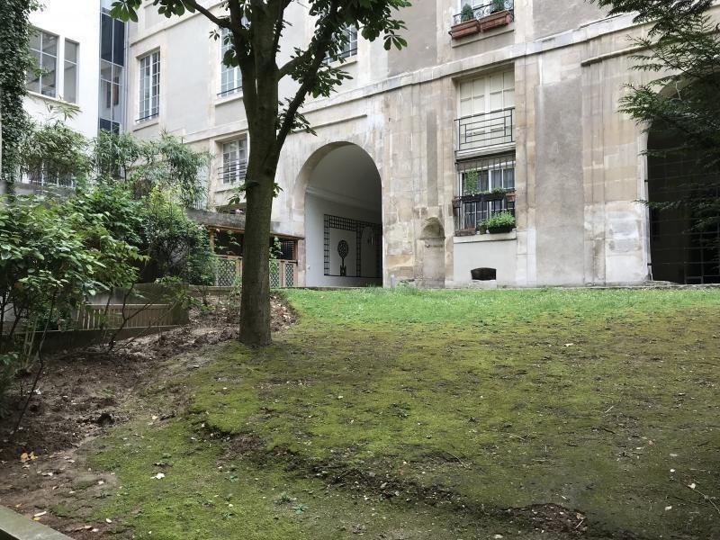 Sale empty room/storage Paris 3ème 474000€ - Picture 7