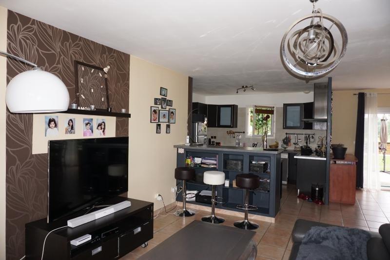 Sale house / villa St andre de cubzac 232500€ - Picture 2
