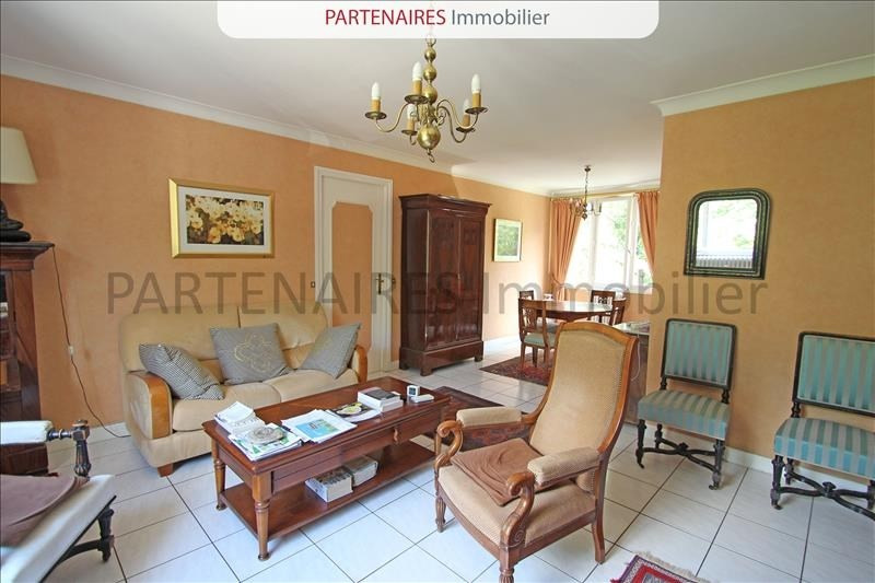 Sale apartment Le chesnay 250 000€ - Picture 2