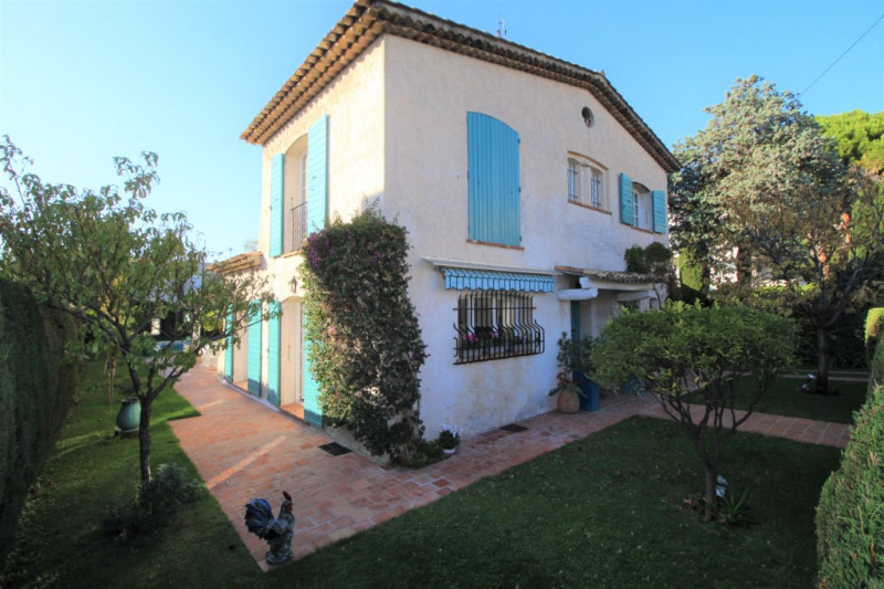 Deluxe sale house / villa Antibes 1799000€ - Picture 16