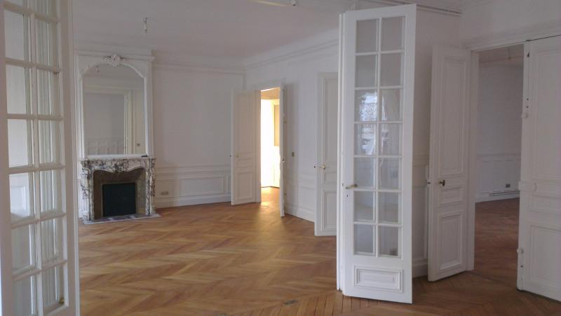 Rental apartment Paris 17ème 5350€ CC - Picture 1