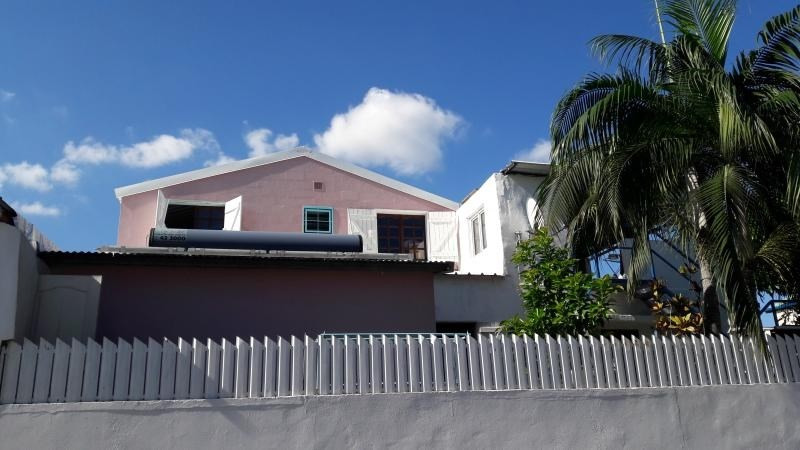 Vente maison / villa Le port 152000€ - Photo 9