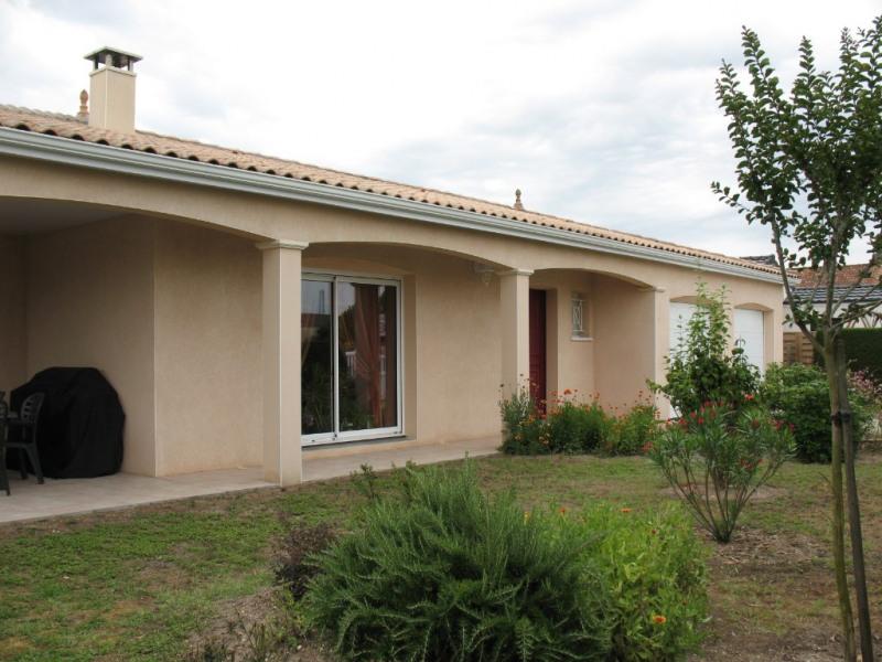 Sale house / villa Les mathes 388500€ - Picture 1