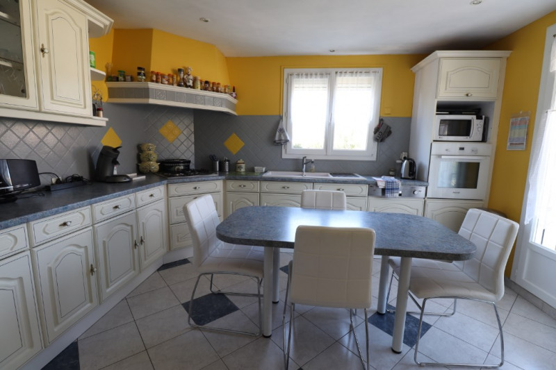 Sale house / villa Amilly 169000€ - Picture 4