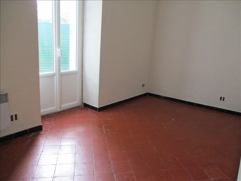 Location appartement Saint chamas 790€ CC - Photo 5