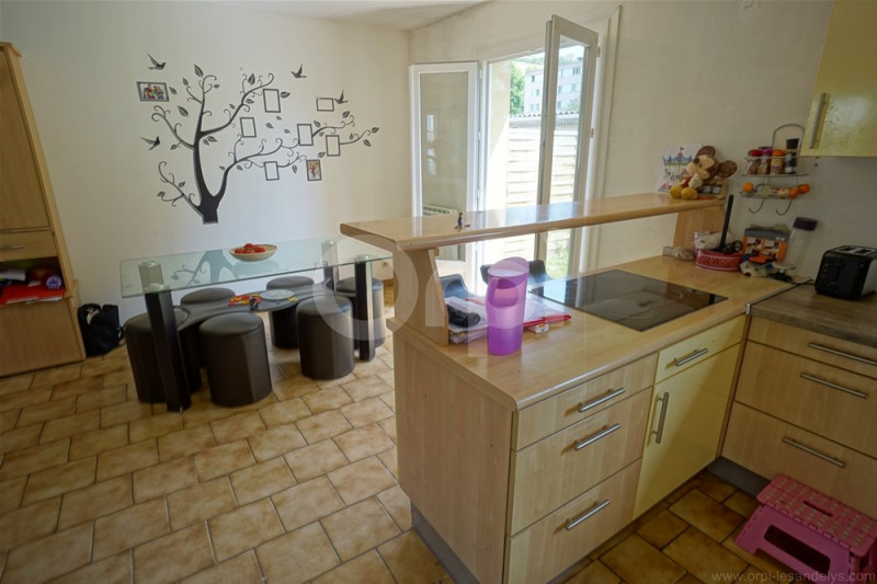 Investment property house / villa Les andelys 154000€ - Picture 4