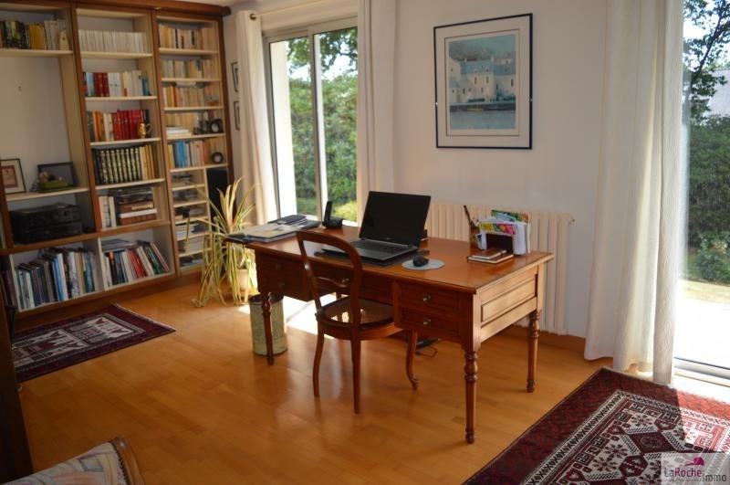 Sale house / villa La roche maurice 260000€ - Picture 5