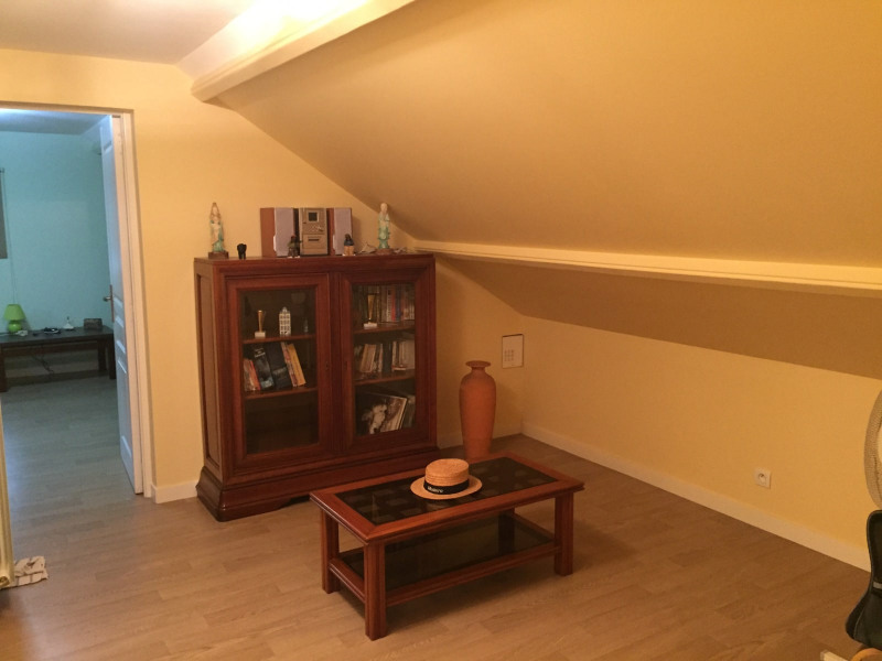 Sale house / villa Livry-gargan 395000€ - Picture 5