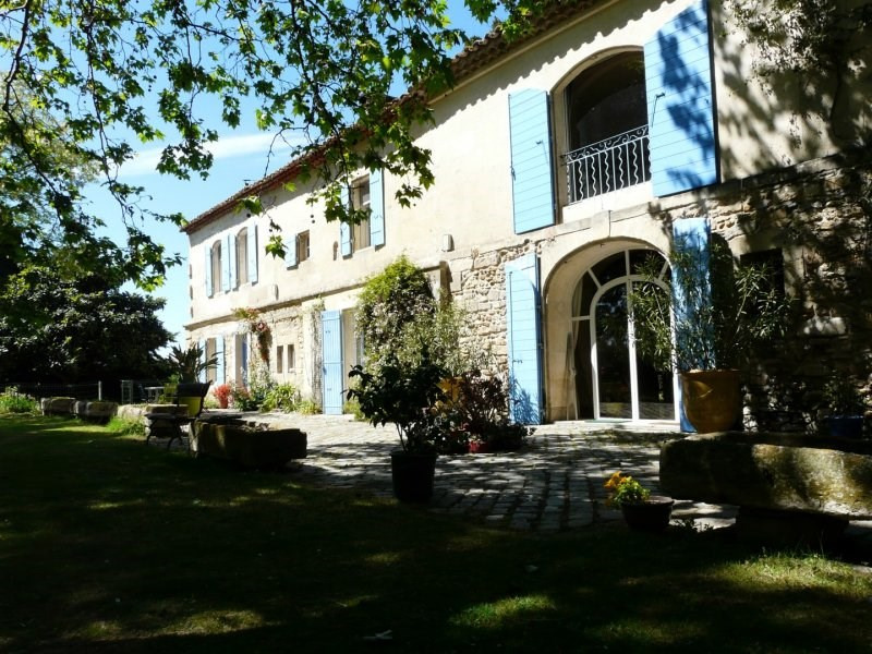 Deluxe sale house / villa Arles 750 000€ - Picture 1